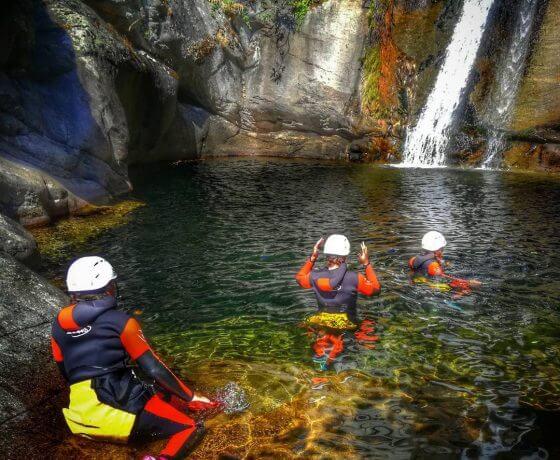 Excursiones guiadas barranquismo y senderismo garganta de los infiernos valle del Jerte, turismo de naturaleza, activo y de aventura